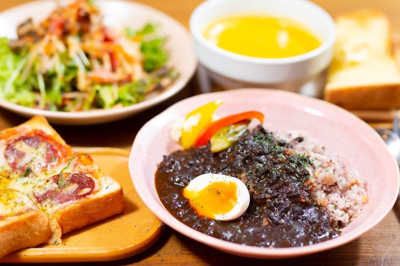 Green Cafe 西郷山店