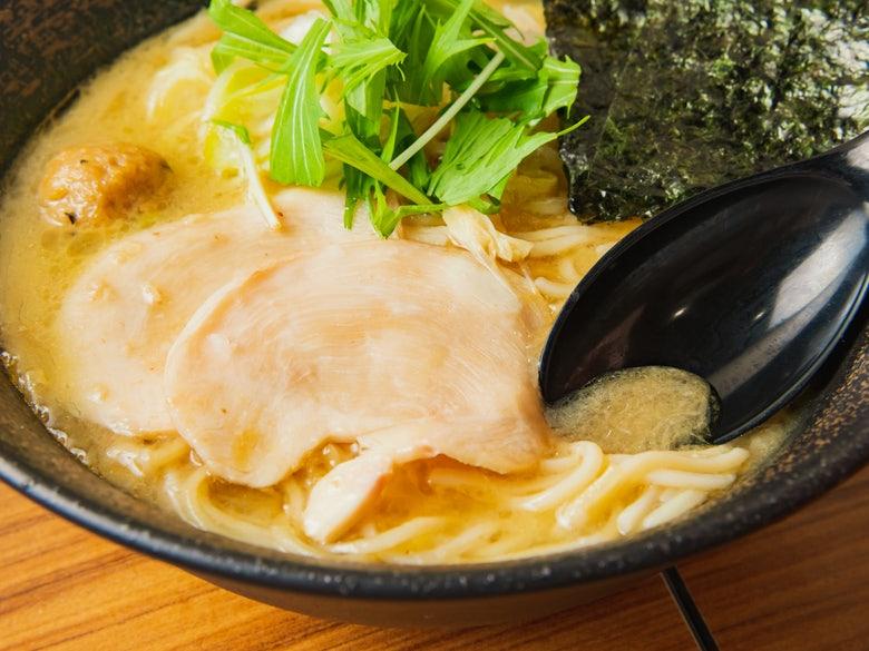 濃厚鶏そば麺屋武一 新橋本店